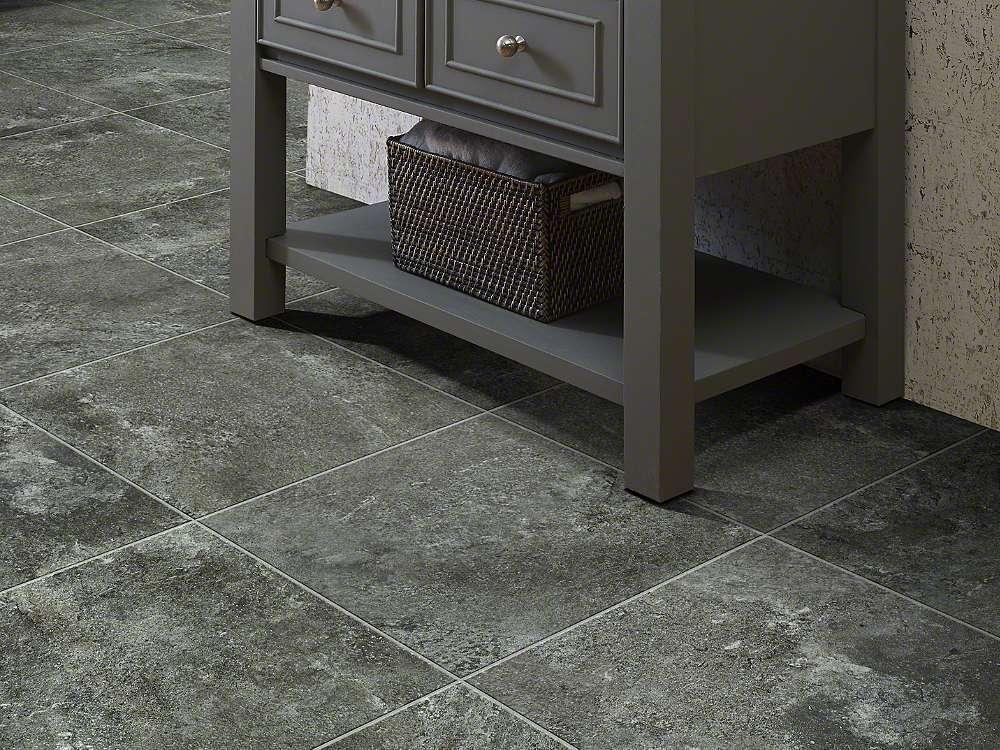 Shaw resort tile resilient garden walkwaysq ft for Garden room flooring